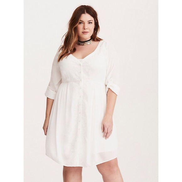 8bbffdb5281 Torrid Embroidered Gauze Shirt Dress. M 5adff6642ae12f1d23a89737